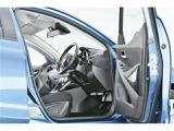 使用感の出やすい運転席廻りは使用感も少なくキレイな状態です♪