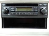 純正CDステレオがついています。CD、ラジオが視聴できます。