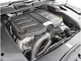 後期モデルはダウンサイジングされた3.6リッターV6直噴ツインターボエンジン搭載です!440ps(324kW)/6000rpmと600Nm/1600-5000rpmを生み出すV6ツインターボエンジンです(カタログ値)!