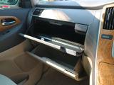 ☆【収納】助手席グローブボックスが車内美化にも◎です。小物入れにお使い頂けます!