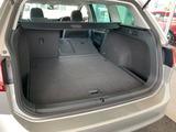 リヤシートを倒せばさらにスペース拡大