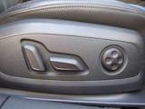 運転席のみ電動シート ランバーサポート 装備