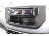 シンプルなCDレシーバー、外部入力のUSB端子はスマホの充電に便利!