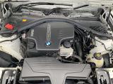 直列4気筒 BMWツインパワーターボエンジン:ターボテクノロジーとバルブトロニックやダブルVANOSを組み合わせる事で、最大限効率とダイナミクスをもたらします。