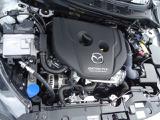 1.5L DOHCディーゼルターボエンジン!エンジンルームも綺麗!整備もお任せ下さい!自社工場で点検整備します!当社の工場は関東運輸支局指定整備工場(民間車検工場)ですのでご安心下さい!