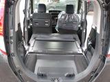 デッキボードと防護シートを使えば、汚れた荷物も気軽に積めます!