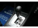 マニュアルモード付き無段変速CVTを採用。マニュアルモードでドライビングも愉しくなります。