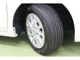 タイヤサイズ 205/60 R16の純正アルミホイールですよ。