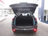 広々ラッゲジはフルフラットで車中泊も可能です!