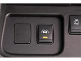 安全装備も充実!エマージェンシーブレーキに加え、車線逸脱警報も装備されています◎