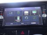 快適ドライブの必需品 CD、ラジオ。Bluetoothも対応。