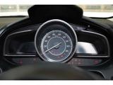 走行中のスムーズな運転操作の状況をランプの色やゲージで表示する「コーチング機能」と、運転終了後に運転操作に対するアドバイスを表示する「ティーチング機能」でムダを抑えたスムーズな運転をサポートします。