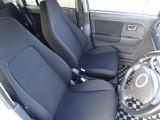 スズキスポーツっぽいシートですがしっかりラパンという車を強調してます♪