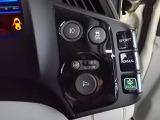 【これは面白い】3モードドライブシステムは手元近くで、シーンや気分に合わせて3つの走りのテイストを選べます。