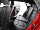 ★後部座席にはエアバックが標準装備されております。ISOFIX対応のチャイルドシートも取り付け可能です。