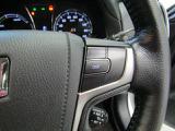 クルーズコントロール付。アクセルを踏まなくても一定の速度で走ることができます。ロングドライブにオススメな装備です。