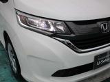 LEDヘッドライトの採用で暗い夜道や雨天時の運転も安心です!