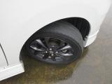タイヤはヨコハマがついてます。乗り心地はタイヤからですよね!