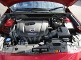 上質な走りと、低燃費を両立する新世代高効率直噴ガソリンSKYACTIV-G&STOP搭載!さらに新に搭載された新システム「気筒休止」が実用燃費のさらなる向上に貢献いたします。