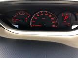 マルチインフォメーションディスプレイです。燃費や走行距離がわかり、半ドアなど車に異常がある際に警告してくれます。