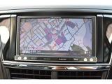 カロッツェリアのメモリーナビゲーションになります、CD、DVDの再生テレビの視聴も可能です、ドライブのお供にお役に立ちます!