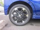 タイヤは14アルミホイールで足元が引き立ちます!