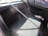 後部座席を倒せばトランクルームが突き抜けます!