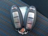 便利なインテリジェントキーを出さなくてもエンジン始動、ドア開閉ができます。