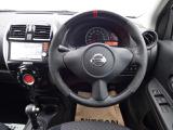 運転席まわりとNISMO専用ステアリング