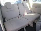 サードシートも付いて8人迄乗車できます