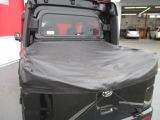 便利に使える荷台☆ブラックのカバーもオシャレです♪