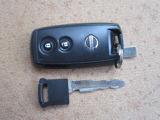 キーを身に付けていればボタンを押すだけでドアの開閉ができる 『インテリジェントキー』