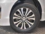 タイヤサイズは、185/65R15です
