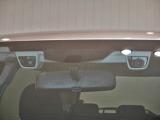 """2つのCCDカメラが立体的に環境を認識して運転をサポートする先進運転支援システム""""アイサイトVer2""""!"""