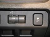 イルミネーションコントロールダイヤル、VDC(横滑り防止)OFFスイッチ