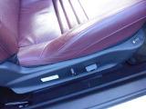 電動シートやシートヒーター標準搭載