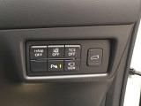 リアゲートは運転席でも開閉操作できます