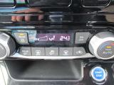 オートエアコン付きでいつでも快適車内温度に調整してくれます♪