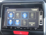 ナビゲーションは純正メモリーナビVXM-128VSXiが装着されております。AM/FM/CD/DVD再生/ワンセグTV/インターナビがご利用いただけます。