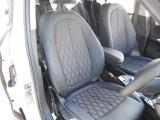 Xline専用生地のクロス&アルカンタラシート&両席シートヒーターを装備☆お問合せ(無料ダイヤル)0066-9711-613077迄お待ちしております。