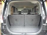 ラゲッジスペースはしっかり確保されていますので、荷物もしっかり積めますよ。