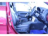 ◆シートがしっかりしているので、長距離でも楽々ドライブ♪疲れにくくて定評のあるシート造りです!←ココ意外と重要♪◆前席パワーシート(前後スライド・上下シート高・背もたれ調整機能付)で居住性も良好♪