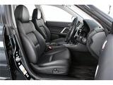 こちらもオプション装着のブラックレザーシート!!高級感はもちろんフロント左右パワーシートで最適なポジションを確保できさらに運転席はメモリーポジション機能付きです