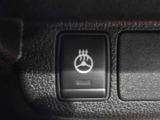身体の触れる部分を直接あたため、体感温度を上げるステアリングヒーター。