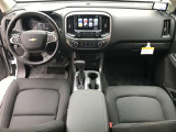 Premium Interior Package/オールウェザーフロアライナー/JetBlackクロストリムシート/ ドライバーパワーシート。