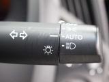 点灯忘れも防止できるオートライトコントロール機能がついているので、夜間のドライブもより安全に楽しめますよ。