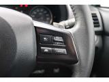 高速道路の渋滞による追突事故を防ぐ、全車速追従機能付きのクルーズコントロール。