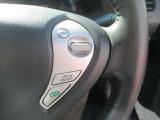 大型のモニターに後方が映り出されますので人物や障害物が確認でき安心に駐車できます