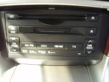 オーディオ系のスイッチなどはマルチ画面下部にスッキリ収まってます!DVD再生も可能です!