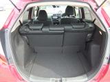 トランクスペースもコンパクトカーですがかなり広く、荷物もたくさん積むことも可能です。